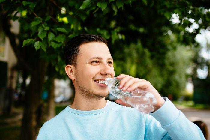 La hidratación es fundamental para superar muchas enfermedades